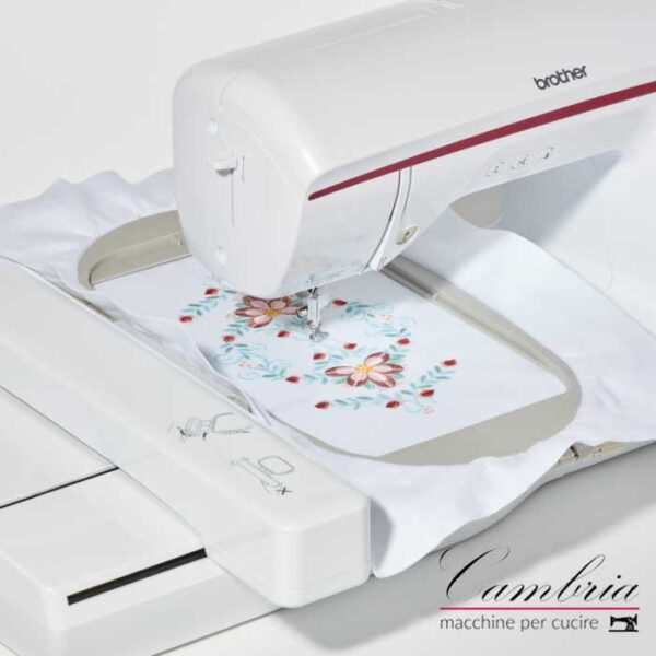Macchina per ricamare Brother Innov-is NV870 Special Edition